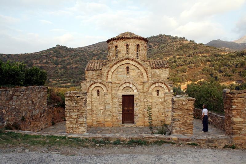 фото базилика Кастри на Крите