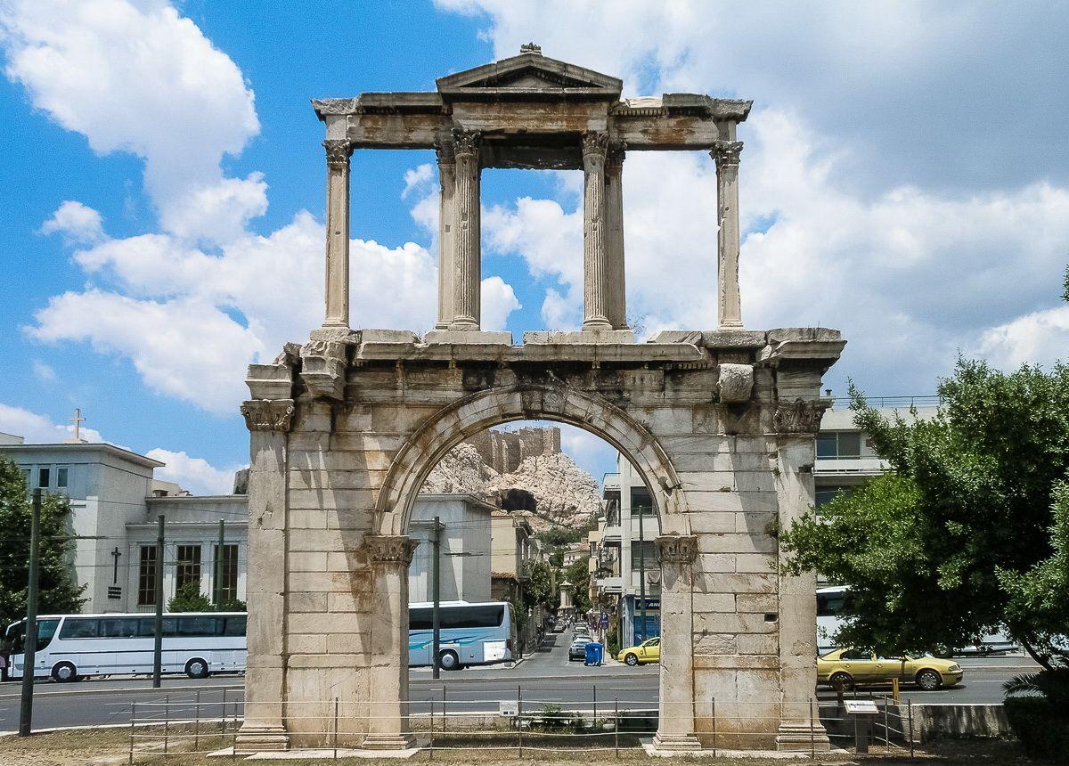Триумфальная арка в Афинах