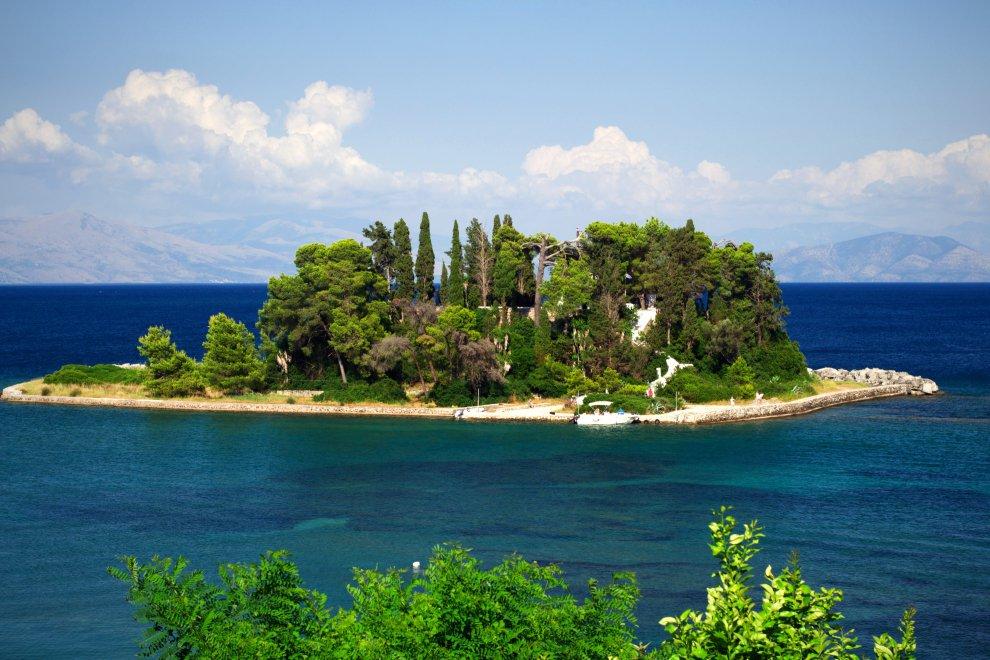 Греция остров Понтикониси
